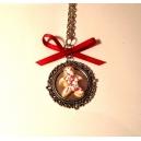 Le médaillon des fêtes, bijoux gourmand, pate polymere, fimo, pain d'épice, noel, collier, fait main