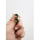 Boucles d'oreille, clou Beigne - vert forêt et feuilles d'or | Chez Laurette